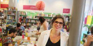 ariane-tapinos-de-la-librairie-comptines-une-vingtaine-dauteurs-sont-presents-ce-samedi-pour-le-40e-anniversaire